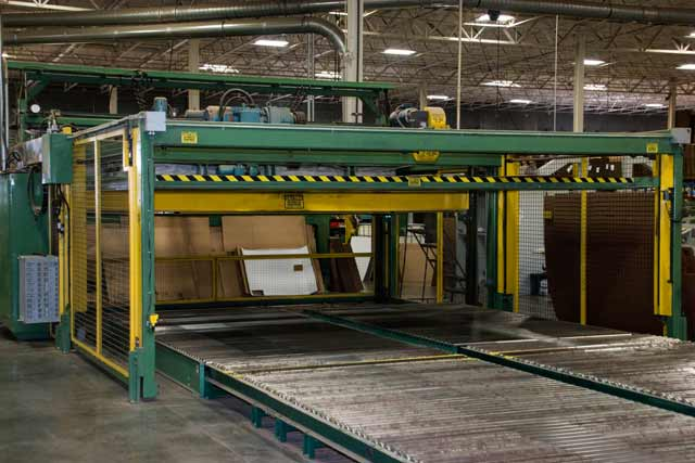 Jumbo flexo machine in warehouse facility